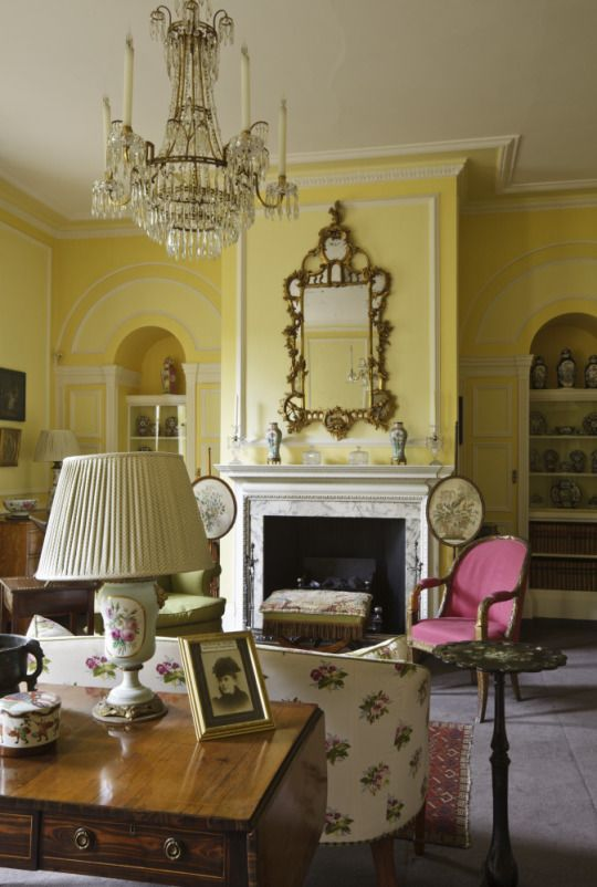 English Country House Drawing Rooms: 100 Best Images About Designer: John Fowler On Pinterest