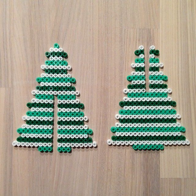 3D Christmas tree hama perler pattern by sarabygvraa