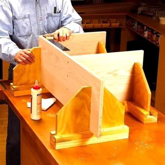 DIY Woodworking Ideas Adjustable Assembly Supports Woodworking Plan, Workshop & Jigs Jigs & Fixtures Workshop & Jigs $2 Shop Plans #woodworkingplans #FurniturePlans #outdoorwoodworkingplans