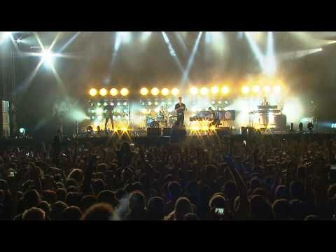 Hurts - Illuminated (FULL HD) LIVE @ EXIT Festival 2014 - Best Major European Festival - YouTube
