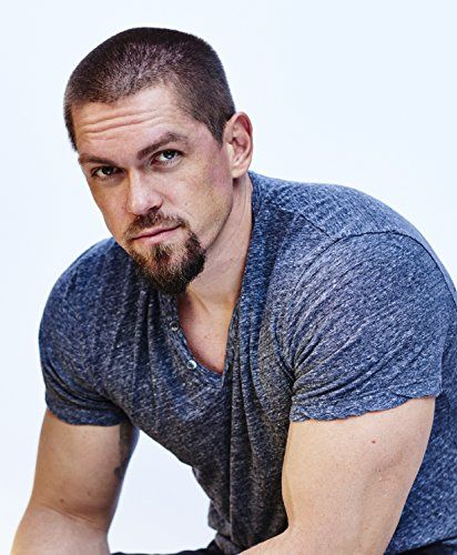 Steve Howey...this guy makes me laugh!