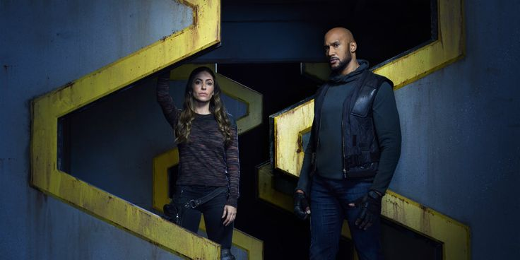 "The End of Everything is Coming in Agents of SHIELD 'Past Life' Trailer          https://youtu.be/aFfJQ4mTDis    The latest trailer for Agents of S.H.I.E.L.D. threatens ""the end of everything"" when the show returns next week with the episode, 'Past Life'. It's been a wild ride for Agent Coulson and his team. The stars of Agents of S.H.I.E.L.D. have found themselves stranded in a dystopian future timeline, one in which Earth was shattered like an egg.    Attention!!! This is Just an Announce…"