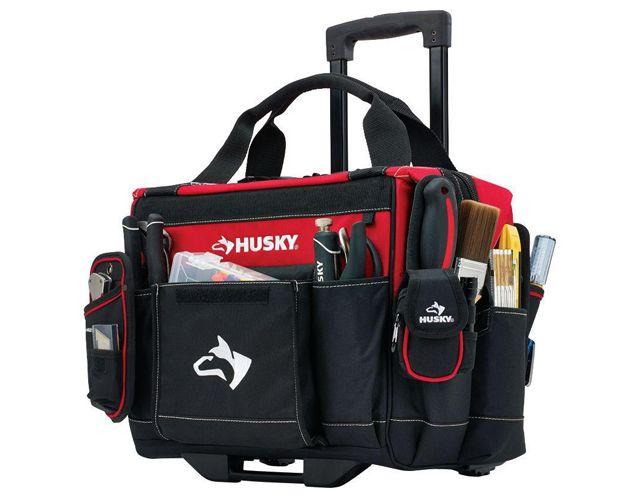 Rolling tool box, Husky at Home Depot $59.99 / Coffre à outils sur roulettes, Husky chez Home Depot 59,99 $
