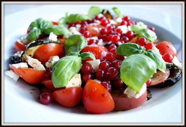 Skarntyden og lupinen: Grillet squash-tomat salat