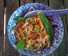 Rezept Scharfe Asia Nudeln, vegetarisch von kedgeree - Rezept der Kategorie Hauptgerichte mit Gemüse