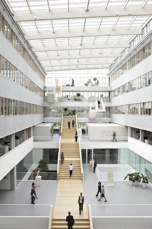 TNT headquarters_Hoofddorp, Paul de Ruiter_ENERGY POSITIVE