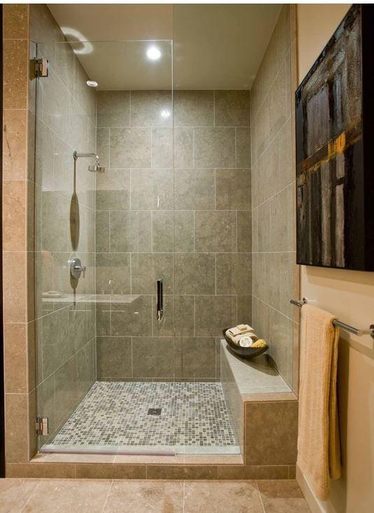 Oltre 25 fantastiche idee su docce su pinterest idee per for Grandi bagni padronali