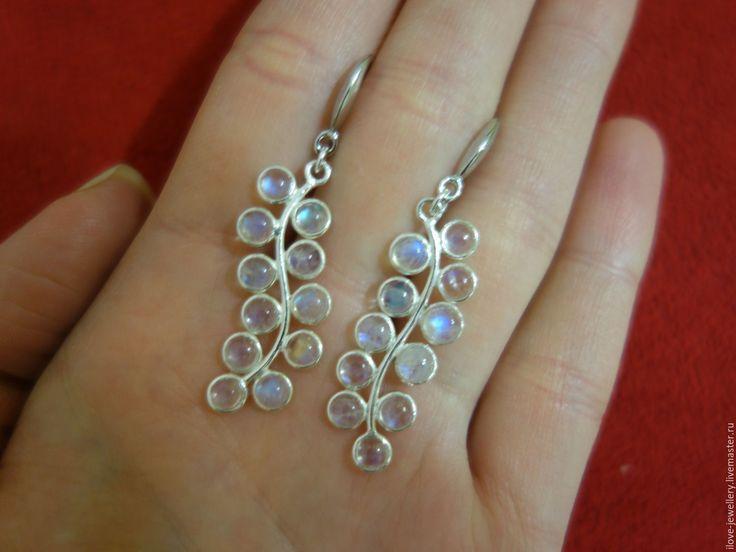 """Купить """"Паолина""""-нежные серебряные серьги веточки с лунным камнем - белый, серьги веточки"""