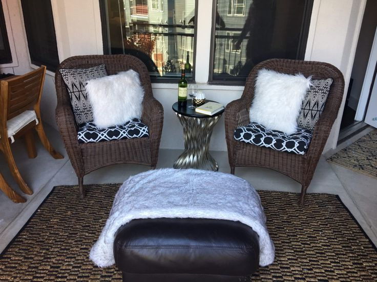 HOW TO CREATE A FALL & WINTER BALCONY: textures, outdoor lighting, gold accents, outdoor rug, and more