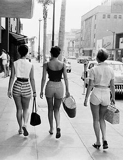 Female Short Pants photographed by Allan Grant c. 1950s (via)