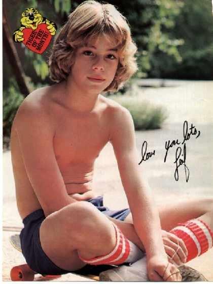 Idols Beautiful Gorgeous Teen Striptease 106