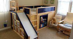 Wenn du so wie ich bist, dann bist du ständig auf der Suche nach neuen Wegen, das Haus größer wirken zu lassen, ohne dafür viel Mühe aufnehmen zu müssen. Das Mädchen im folgenden Video hat eine Lösung gesucht, wie sie ihr volles Zimmer bewohnbar machen kann. Sie ging zu IKEA und kaufte folgende Teile: – …