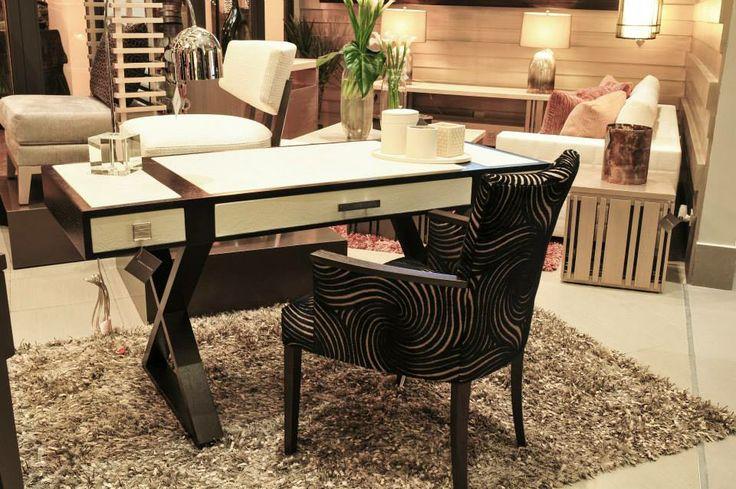 Adriana hoyos signature concept store in quito ecuador for Office design quito