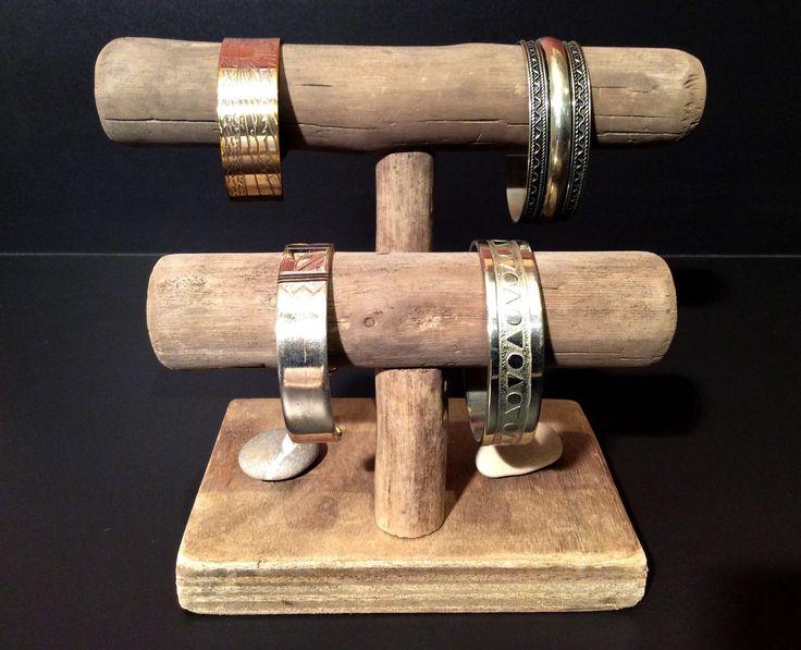 1000 id es sur le th me bijoux en bois flott sur pinterest pr sentation de bijoux rangements. Black Bedroom Furniture Sets. Home Design Ideas