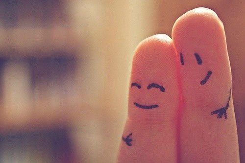 Comme les deux doigts de la main