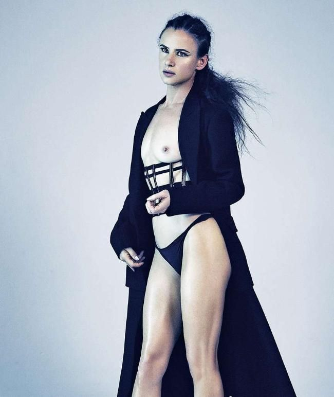 Juliette Lewis nude pictures, Juliette Lewis naked photos, Juliette Lewis  hot images and much more about Juliette Lewis wild side of lifeJuliette L.  Lewis ...