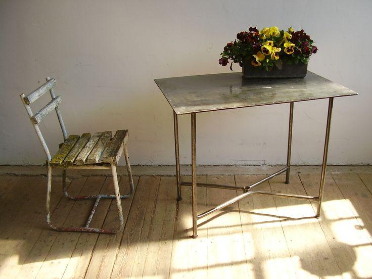 Garden table in industrial style (artKRAFT)