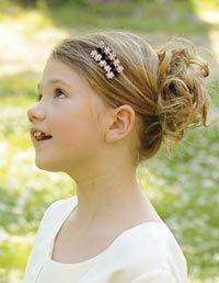 coiffure fillette à chignon #coiffure #cheveux #chignon