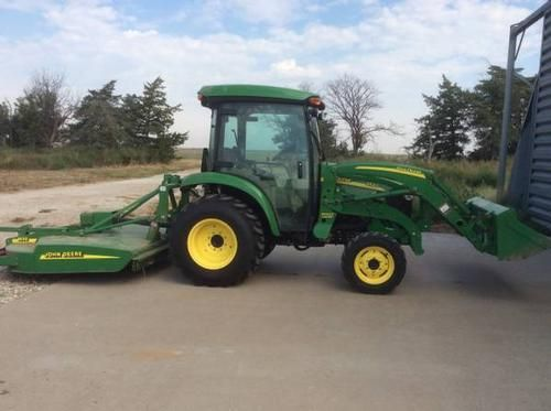 2006 John Deere 3520 Tractor for sale by owner on Heavy Equipment Registry  http://www.heavyequipmentregistry.com/heavy-equipment/15598.htm