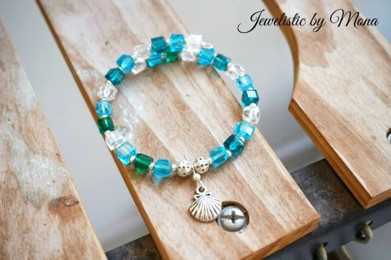 Cute and sparkly seashell charm memory wire by JewelisticbyMona