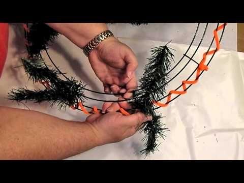 107 best Wreaths - Videos images on Pinterest | Deco mesh wreaths ...