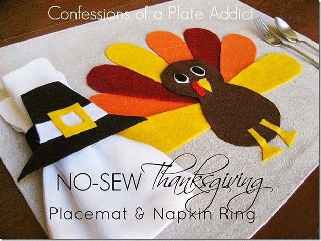 No Sew Thanksgiving Placemat | 14 DIY Placemats for Thanksgiving, check it out at http://diyready.com/homemade-thanksgiving-decorations-14-diy-placemat-ideas