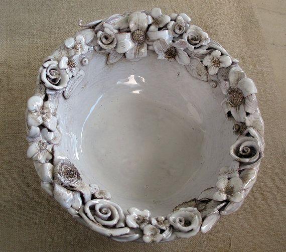 Ciotola in ceramica bianca