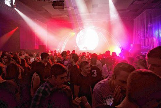 Die Weststadthalle bebt: Party am 4. November http://www.morgenweb.de/region/bergstrasser-anzeiger/bensheim/die-weststadthalle-bebt-party-am-4-november-1.3016348
