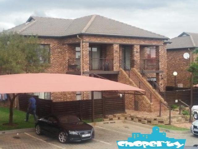 2 Bedroom apartment for sale in Sonneveld, Brakpan Brakpan - Cheap, Cheaper, Choperty