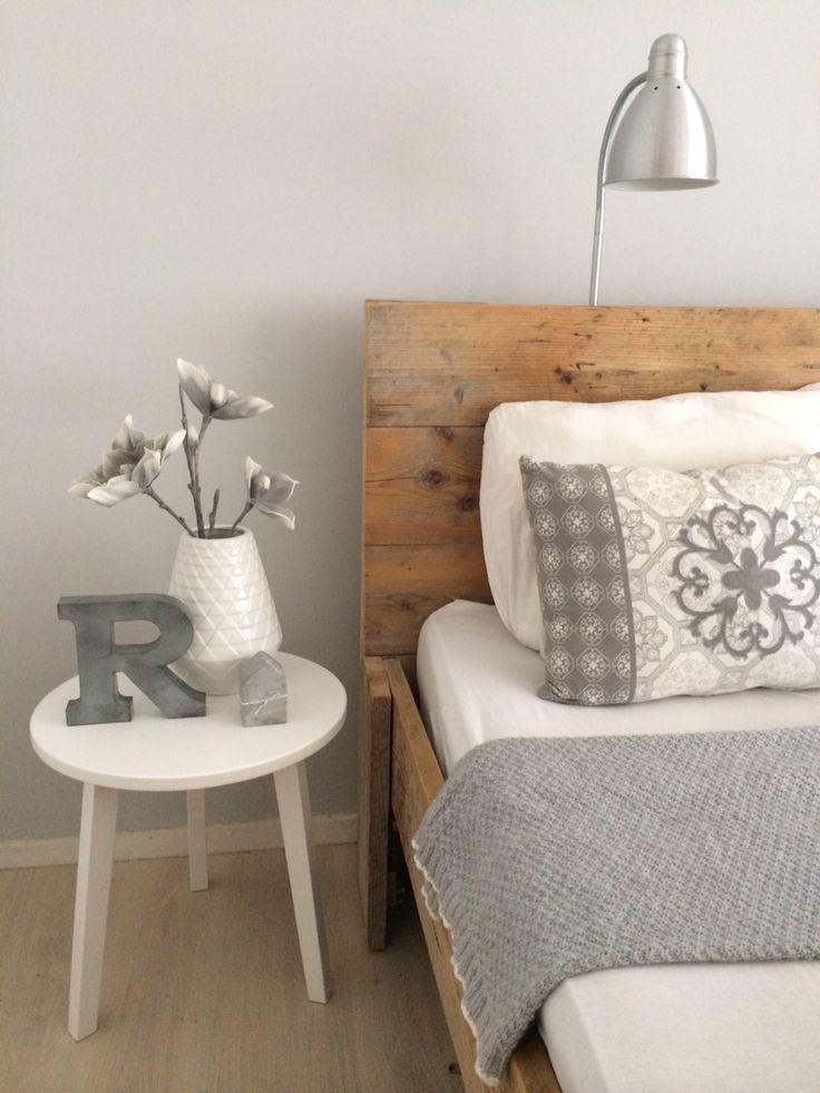 Slaapkamer, bed steigerhout