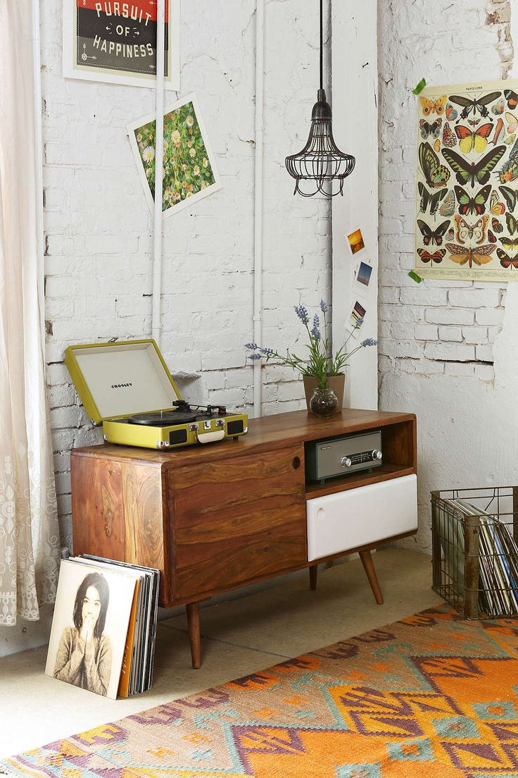 White wooden walls #retro cabinet, perfect rug #homedeco