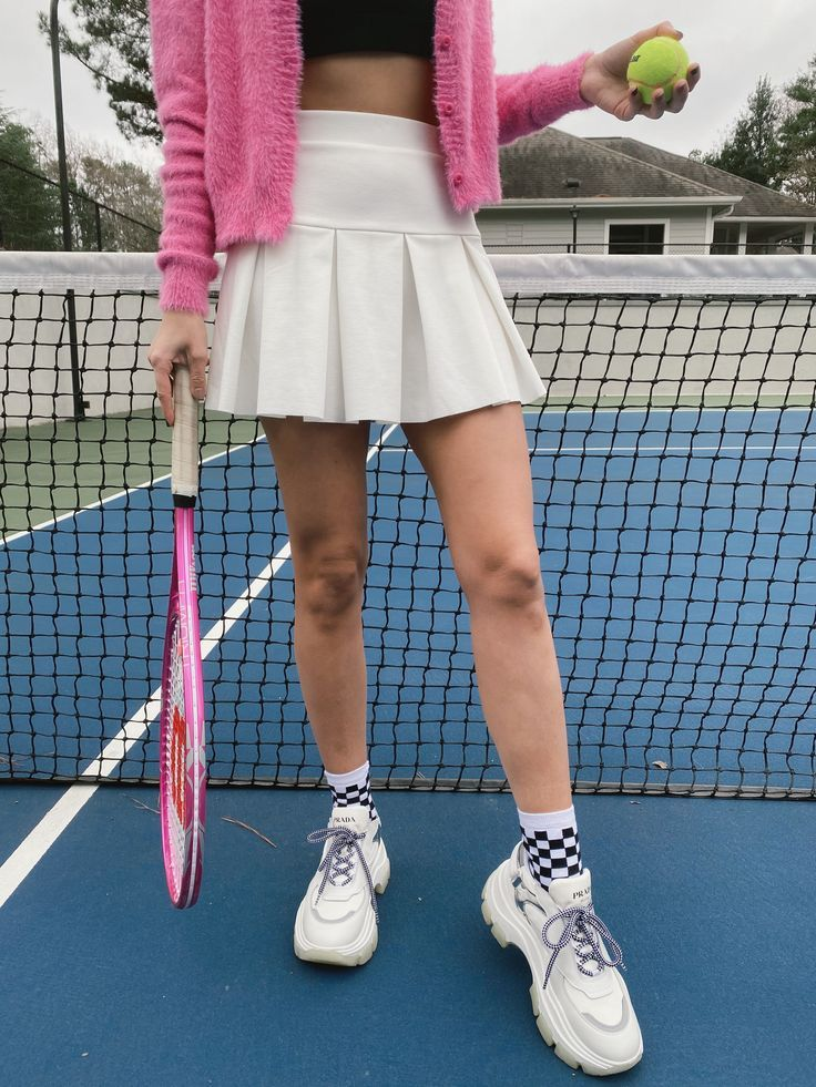What To Wear To Play Tennis Cute Tennis Outfit In 2020 Tennis Skirt Outfit Tennis Clothes White Tennis Skirt