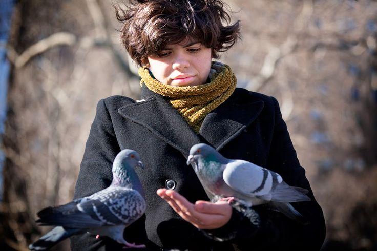 Google+Boris Gorelik Condiviso pubblicamente  -  18:59   #streetphotography   #street   #nyc   #birds   #washingtonsquarepark