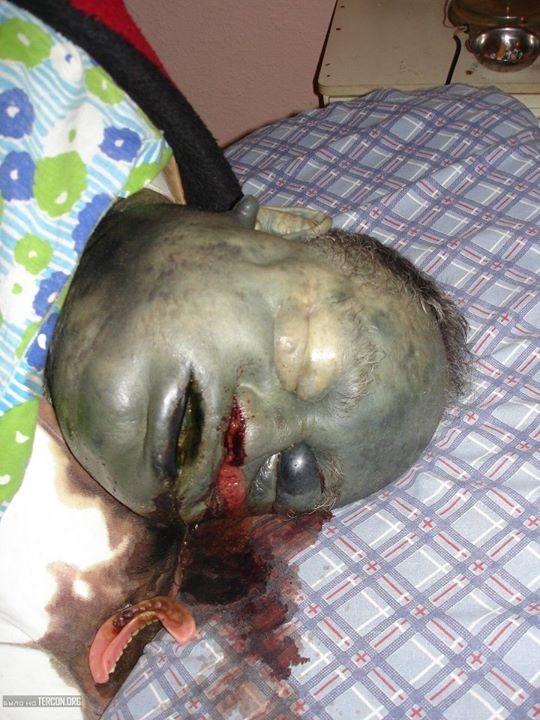 Walker Morgue Paul Dead Body