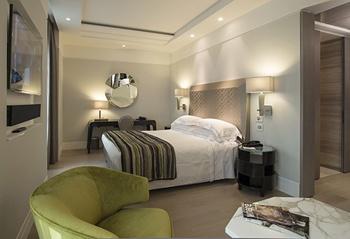 PORTFOLIO STUDIO SIMONETTI: room@Hotel Cavour, Milano, architectural project of interiors #hotelroom #hotelprocjet