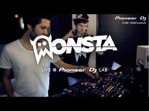 Pioneer New DJM-2000nexus MONSTA performing 'Messiah'