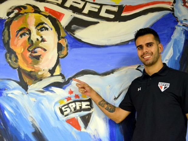 Luiz Eduardo - Novo zagueiro do São Paulo mostrou confiança em si mesmo durante a sua apresentação (Divulgação: SPFC via Fox Sports)