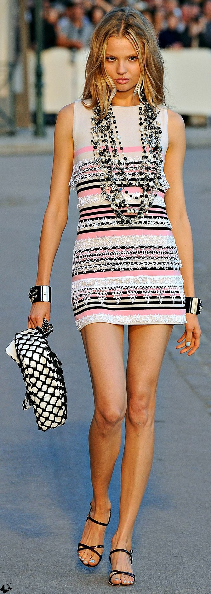 Chanel <3 na CLICK THIS PIN if you want to learn how you can EARN MONEY while surfing on Pinterest