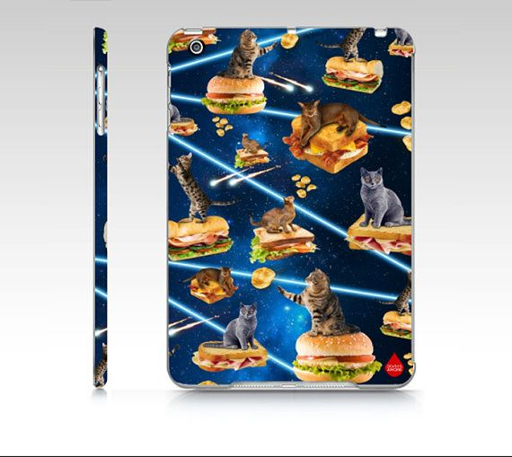 Junk Cat From Outer Space  iPad Mini Cover di DeathsAmoreCloth