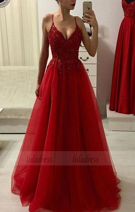 Rotes Kleid mit V-Ausschnitt aus Spitze und Tüll,…
