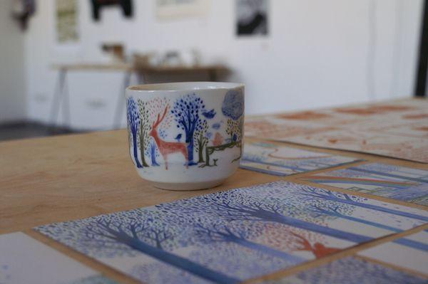 The illustration on ceramic by Matsumoko Saki