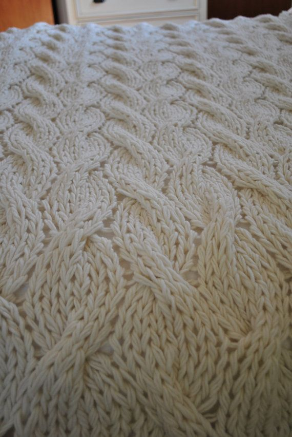 Knitting Pattern Queen Size Blanket : 15 Must-see Cable Knit Blankets Pins Cable knitting, Knitted blankets and G...