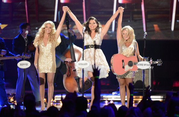 2012 CMT Music Awards - Pistol Annies. love the pink guitar