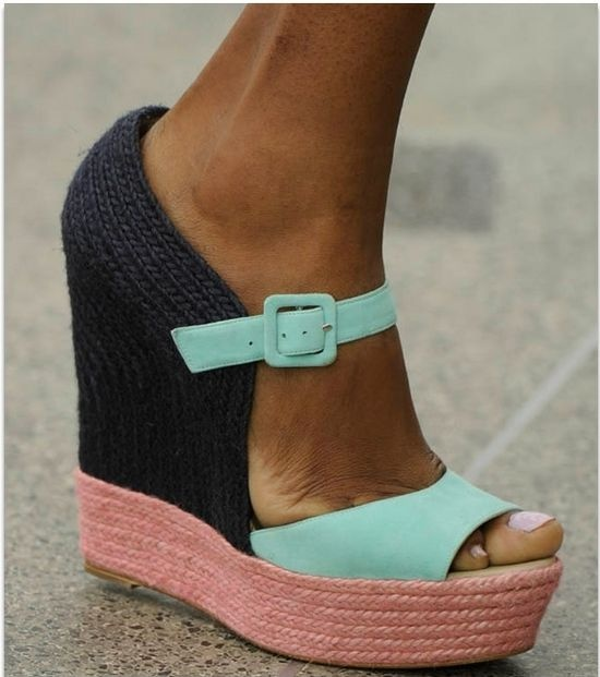 Color-block Wedges
