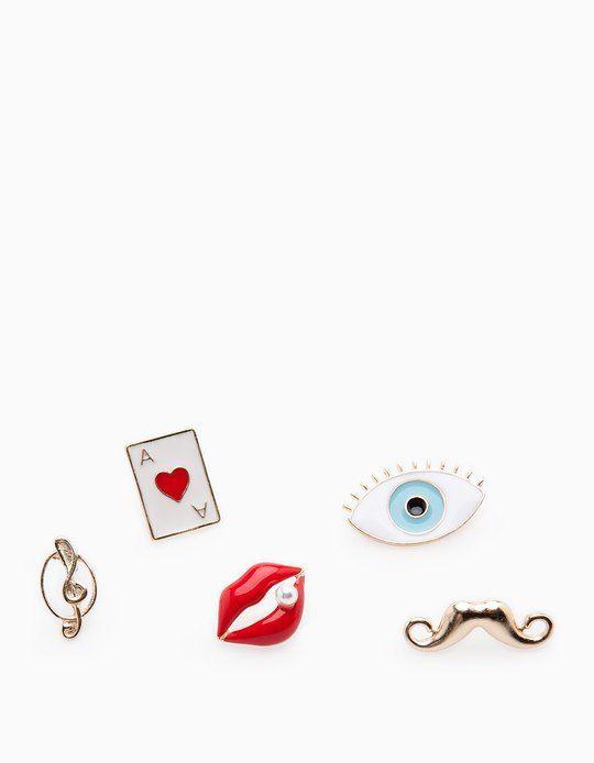 En Stradivarius encontrarás 1 Set 5 pin pop labios,ojo,bigote,carta,logo para mujer por sólo 24900 COP . Entra ahora y descúbrelo junto con más PARCHES Y PINS.