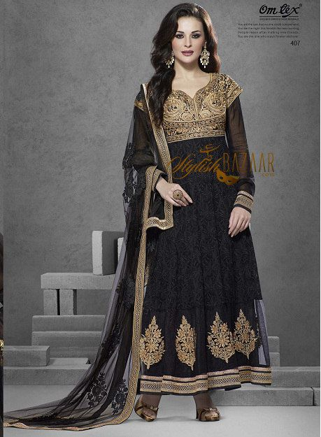 unforgettable !!!!! look at classy designer Anarkali churidar dupatta - dress / suit artistically crafted embroidery & lace work on ever stylish combination of gold work on Black fabrics, adds ethenic touch to stylish indian BEAUTY & renown gorgeous celebrity of film industry  - bollywood star SUSHMITA SEN