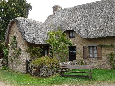 kerhinet, toits de chaume Bretagne France
