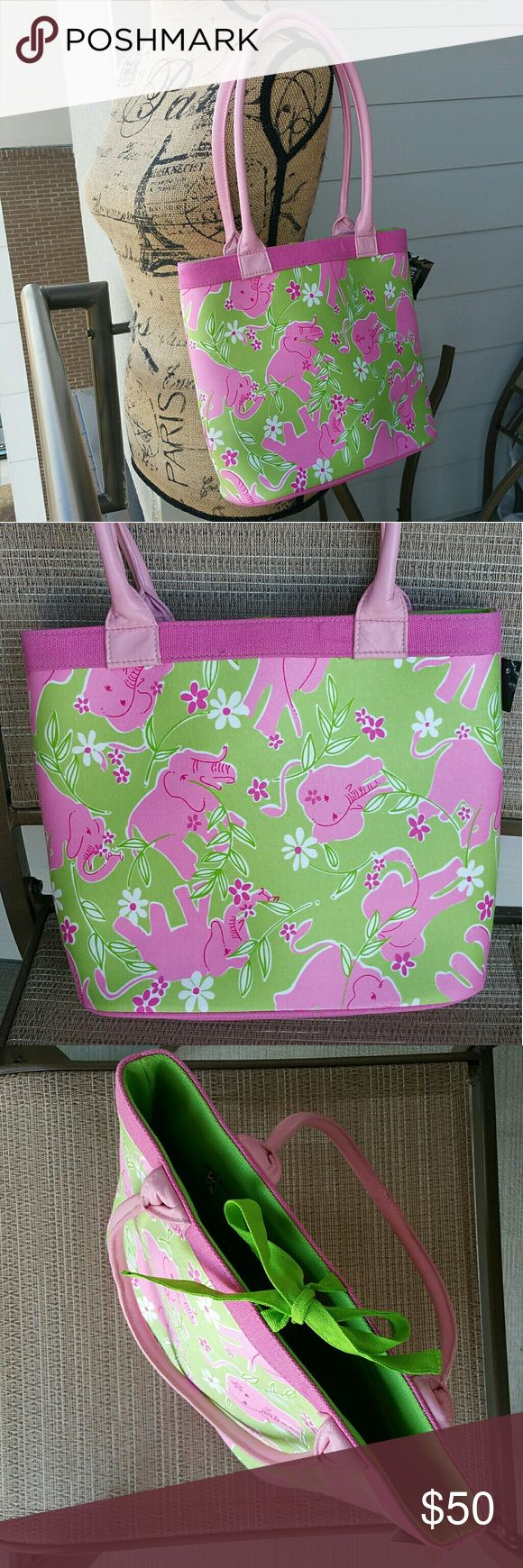 Lilly Pulitzer Elephant pink & green shoulder bag Minimally worn. In amazing condition! Lilly Pulitzer Bags Shoulder Bags