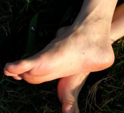 Swollen ankles: How to help yourself? | Nagging Free Zone