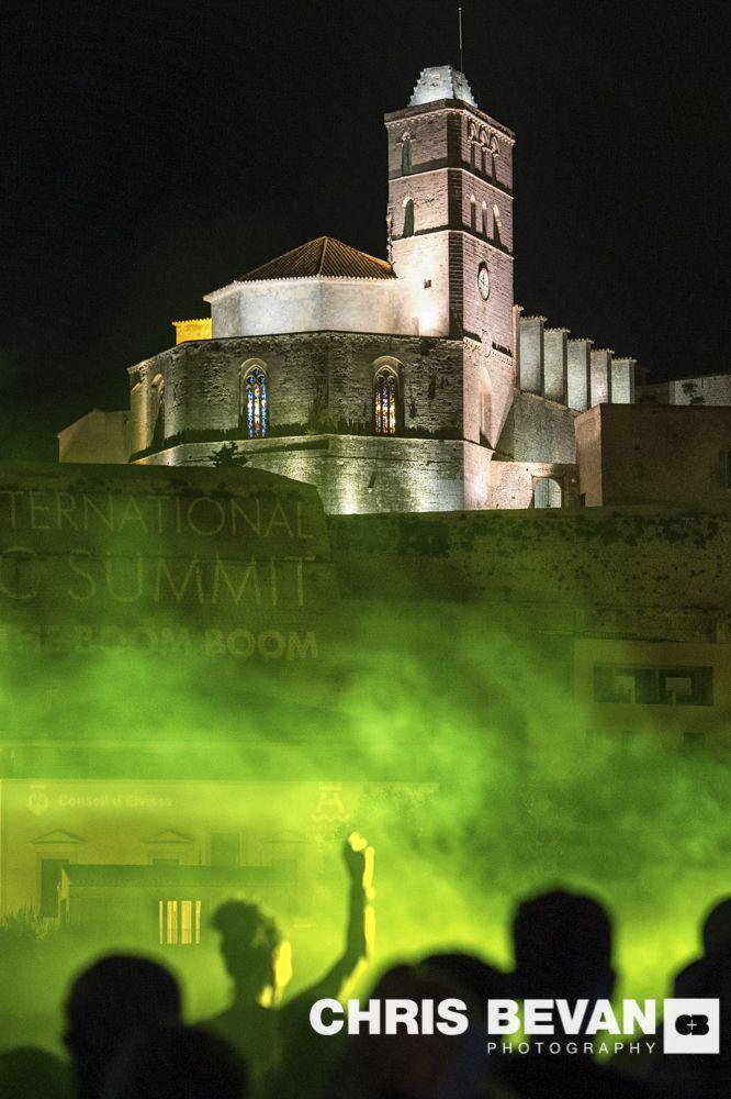 INTERNATIONAL MUSIC SUMMIT PARTY IN THE SHADOWS OF DALT VILLA IBIZA